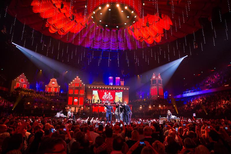 De Vrienden van Amstel Live in Ahoy Rotterdam. [fotocredit Harold Versteeg]
