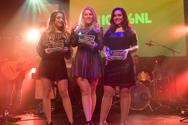 O'G3NE wint categorie Beste Zangeres op de 100 % NL Awards [fotocredit Harold Versteeg | BrunoPress]