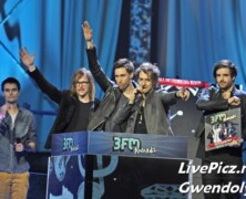3 FM Awards